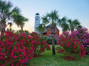 SGI Lighthouse with flowers 2014